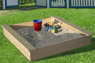 Sandpit made of natural solid wood 180 x 180cm without cover